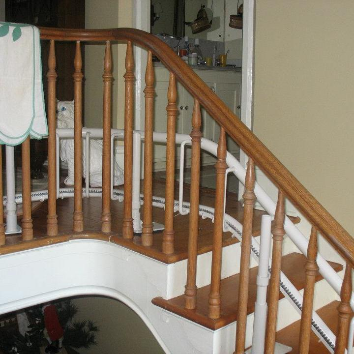 Residential_Curved_StairLift